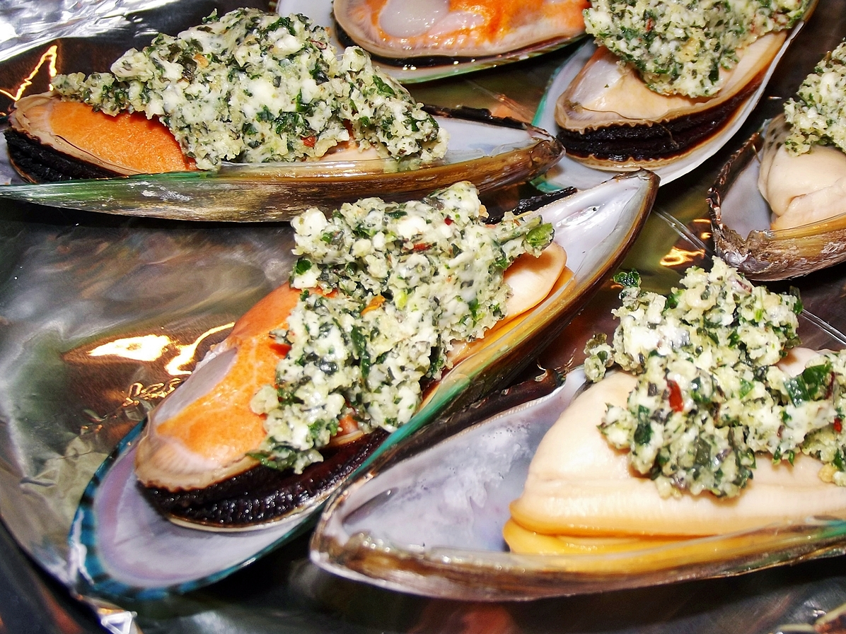 ... at 1196 × 897 in Broiled Mussels Rockefeller . ← Previous Next