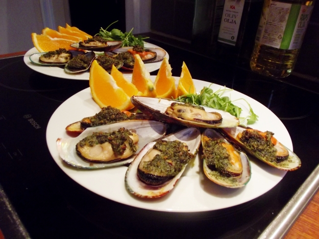 Broiled Mussels Rockefeller | Eat The Roses