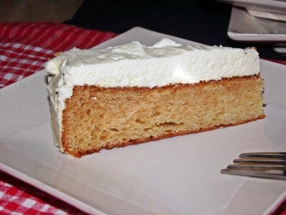 Cardamom and Rose Cake 3670 sm